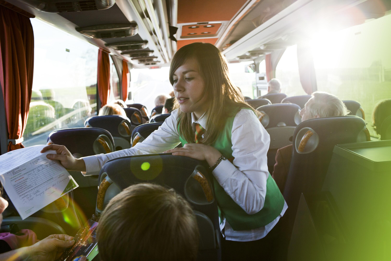 Pour vos voyages en groupe, louez un autocar avec chauffeur !